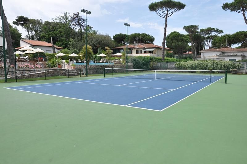 Tennis Court in Tirrenia