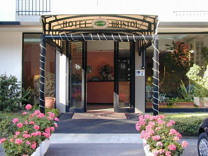 Hotel Bristol in Tirrenia